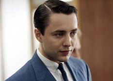 Pete-Campbell-conservative-hairstyle